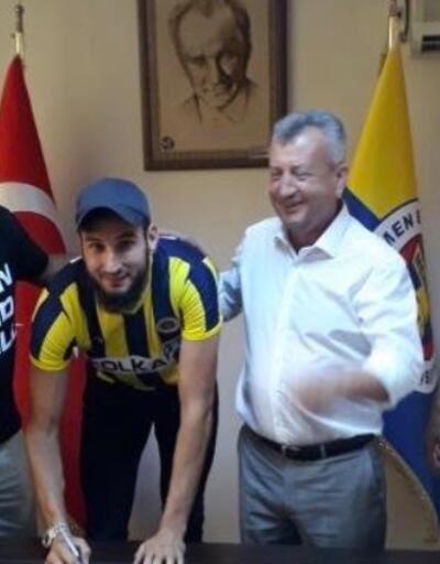 Menemen Belediyespor'un ilk yabancı futbolcu transferi
