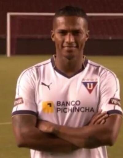 Antonio Valencia ülkesine döndü