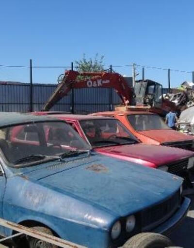 Hurda otomobiller geçim kaynağı oldu