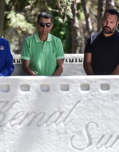 Vefatının 19. yılında mezarı başında anıldı!