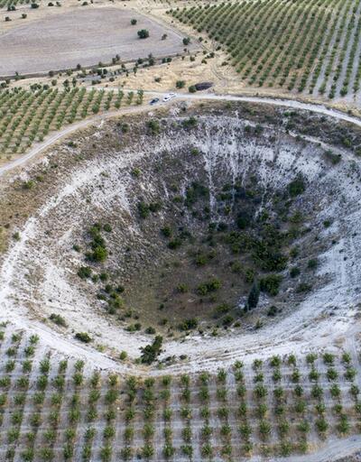 Meteor düştüğüne inanılan çukur araştırılacak
