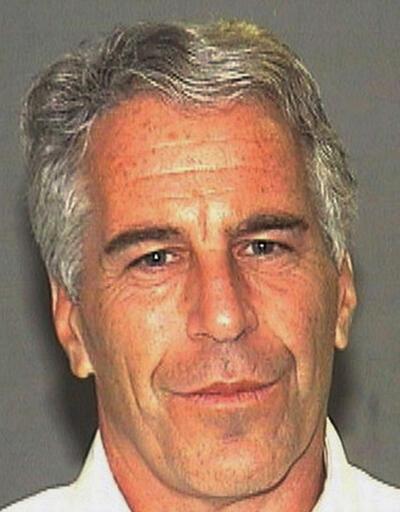 ABD'li milyarder Jeffrey Epstein seks ticareti ve insan kaçakçılığı suçlamalarıyla tutuklandı