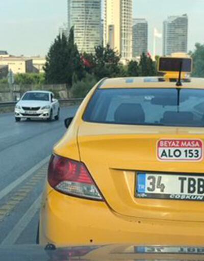 Görüntüler İstanbul'dan! Yol kesip tehdit eden taksici kamerada