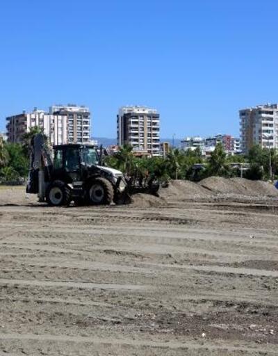 Erdemli'de sahillere yaz bakımı