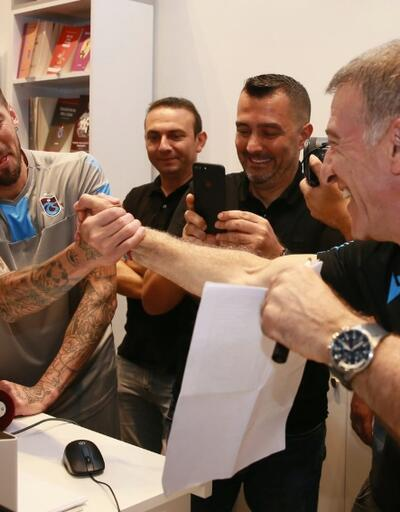 Ahmet Ağaoğlu'nda forma sponsoru açıklaması