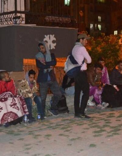 Organizatörler, kaçakları bırakıp kaçtı