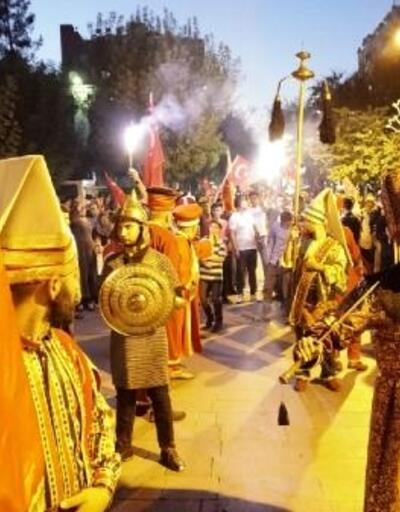 Siirt'teki 15 Temmuz buluşmasında binlerce kişi bir araya geldi