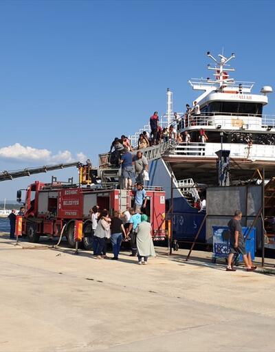 Çanakkale Boğazı'nda sefer yapan feribotta yangın