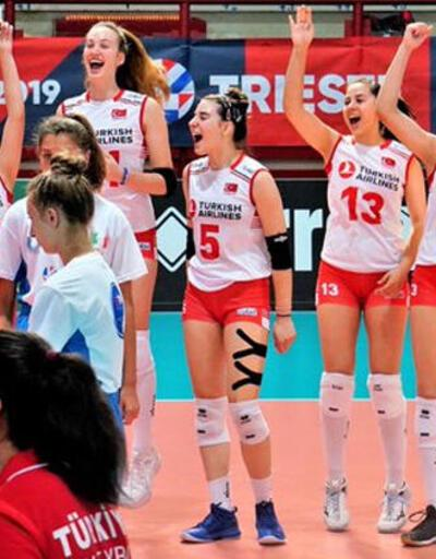 16 Yaş Altı Kızlar Avrupa Voleybol Şampiyonası'nda şampiyon Türkiye