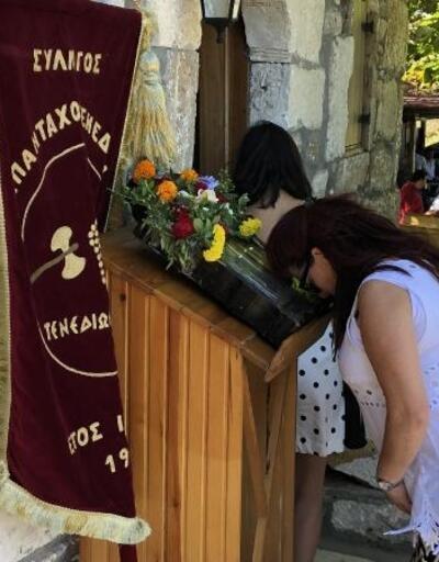 Bozcaada'da Aya Paraskevi Günü ayini