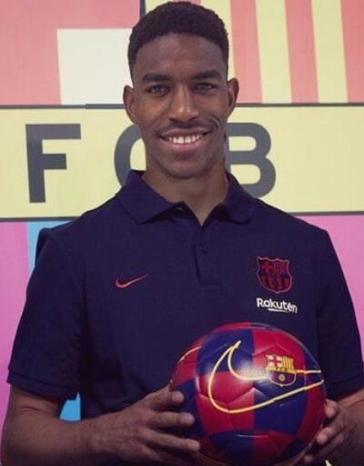 Junior Firpo Barcelona'da