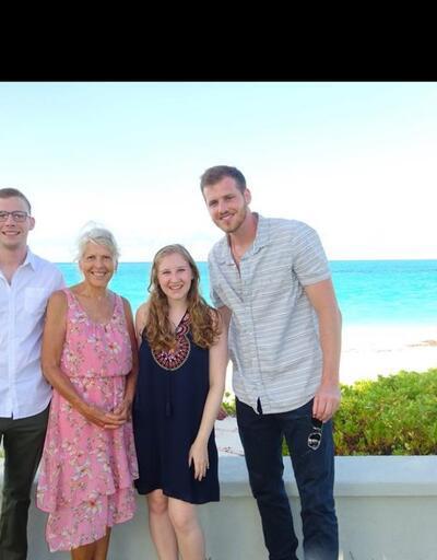 Soyağacını öğrenmek için ailesine DNA testi hediye etti... 24 yıllık korkunç gerçek ortaya çıktı