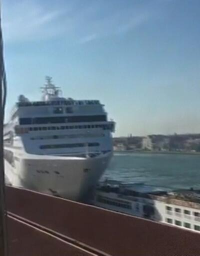 Venedik'te gemilere yasak