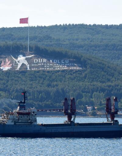 Rus askeri gemisi Boğaz'dan geçti