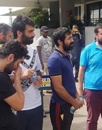 Nijerya'da serbest bırakılan Türk gemiciler Abuja Büyükelçiliği'nde