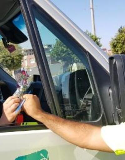 Sürücülere çiçekli uyarı