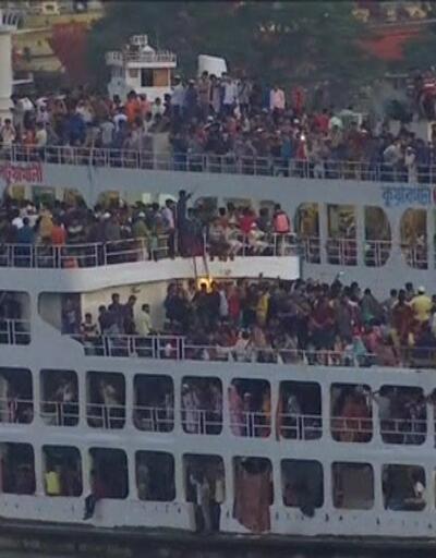 Bangladeş'te bayram izdihamı
