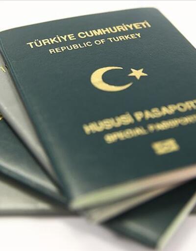 Turist rehberleri yeşil pasaport istiyor