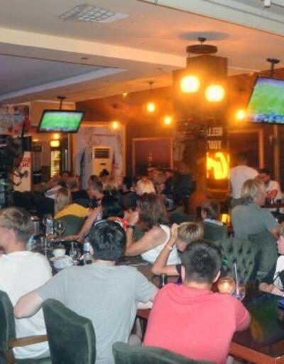 Didim'de İngilizler, UEFA Süper Kupa heyecanını yaşadı