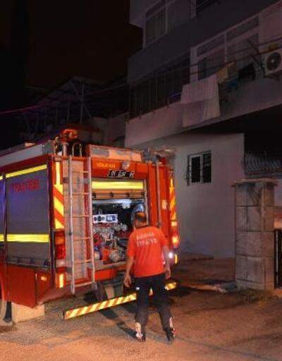 Evde çıkan yangın, hasara neden oldu
