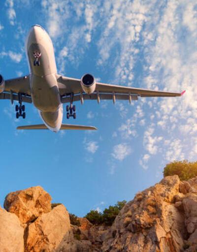 Uçakla seyahat edecekler dikkat! Yasak geldi...