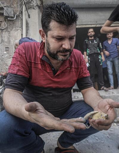 İdlib'e yoğun hava saldırıları sürüyor! O an hayat durdu