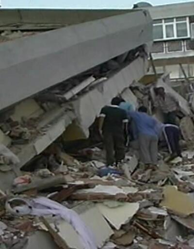 Marmara Depremi'nin ekonomiye etkisi: 200 milyar zarar