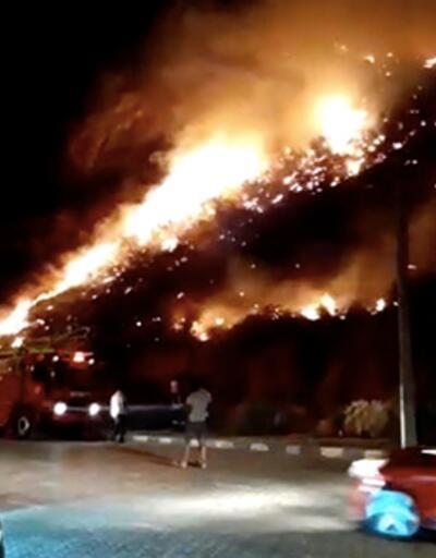 Antalya'da korkutan yangın! Tarihi kent büyük tehlike atlattı