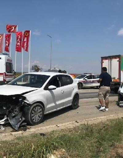 Keşan'da otomobiller çarpıştı: 6 yaralı