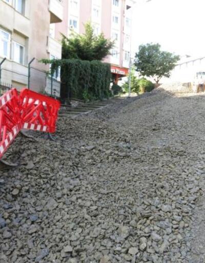 Üsküdar'da çöken yolda çalışmalar başladı