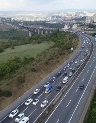 TEM'in Kocaeli geçişinde 'dönüş' trafiği