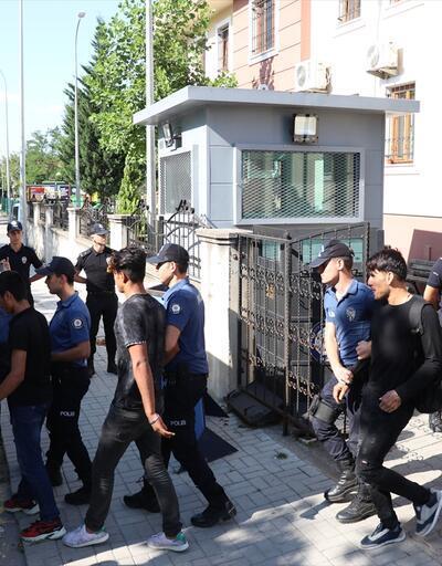Sakarya'da 73 düzensiz göçmen yakalandı