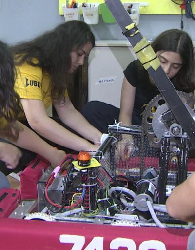 Türkiye'nin ilk plastik geri dönüşüm robotu için çalışıyorlar