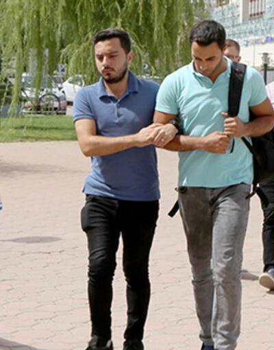 Sivas'ta FETÖ operasyonu: 2 astsubay gözaltına alındı
