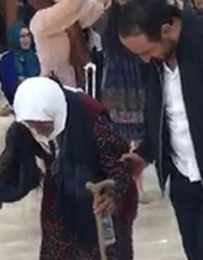 105 yaşındaki Sabayi nine, bastonuyla halay çekti