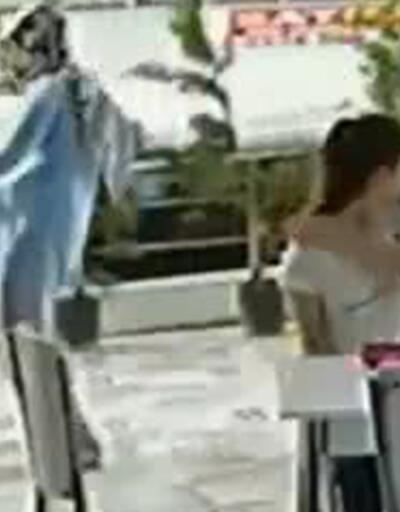 Büyük tepki çekti! Kediye tekme atan kadın kameraya yakalandı