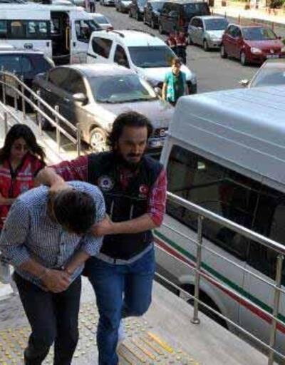 Uyuşturucu operasyonunda yakalanan çift adliyeye sevk edildi