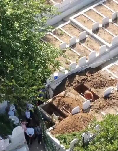 Tarihi binayı yıkıp, özel mezarlık diye sattılar