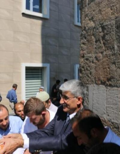Bitlis Belediyesi'nden 2 bin kişiye aşure ikramı