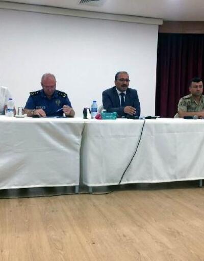 Reyhanlı'da okul güvenliği ve değerlendirme toplantısı yapıldı