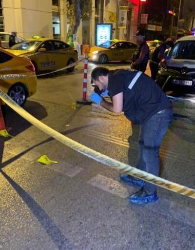Kadıköy'de taksiye ateş açtılar: 1 yaralı