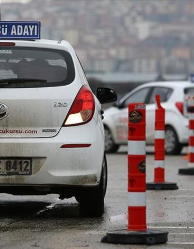 Resmi Gazete'de yayımlandı: Sürücü kurslarıyla ilgili önemli karar