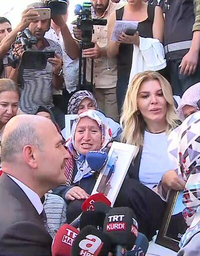 İçişleri Bakanı Süleyman Soylu Diyarbakır'da annelerin yanında