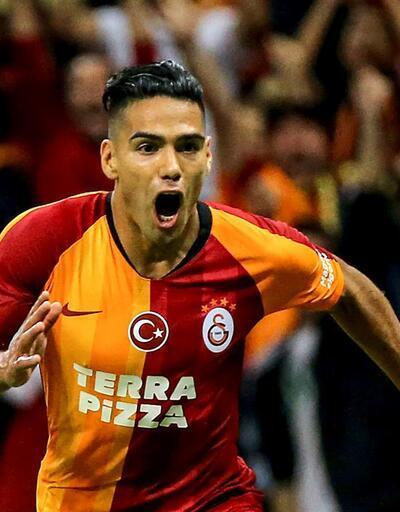 Radamel Falcao ilk maçında golünü attı