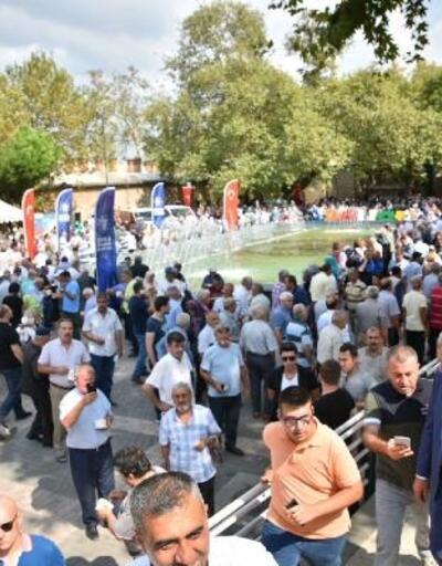 Bursa'da 10 bin kişiye aşure ikramı
