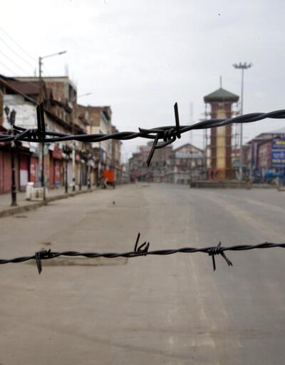 Hindistan'da tansiyon düşmüyor! 6 isyancı öldü