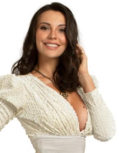Yasak Elma dizisi Leyla karakteri kimdir, Tuvana Türkay kaç yaşında?
