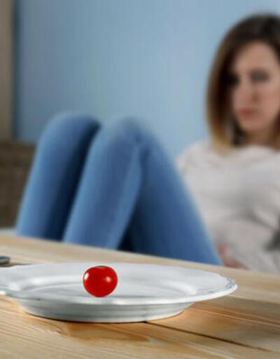 Yeme bozukluğu genç kızlarda erkeklerin 4 hatı fazla görülüyor