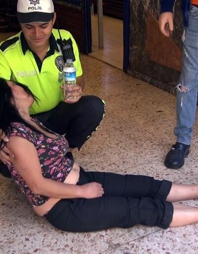 Çantası çalınan kadın yere yattı kalkmadı