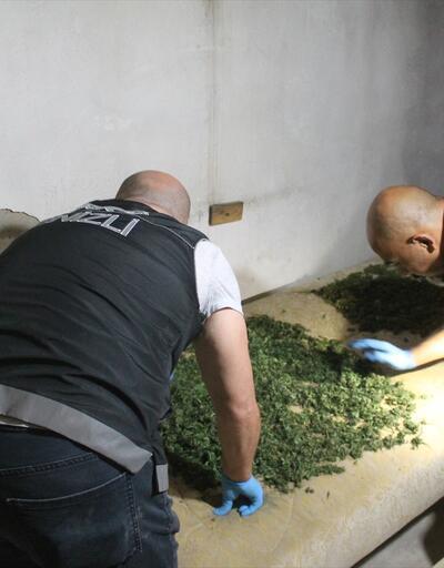 Uyuşturucu zanlısı baba ve oğlu tutuklandı